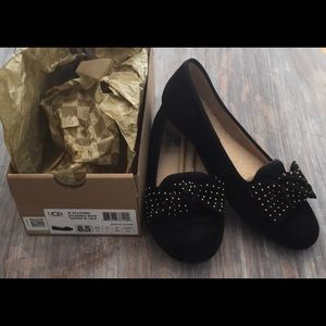 UGG Walloway Black studded Flat